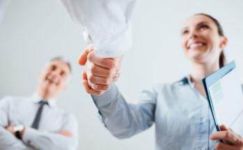 Het personeelshandboek en de normalisering